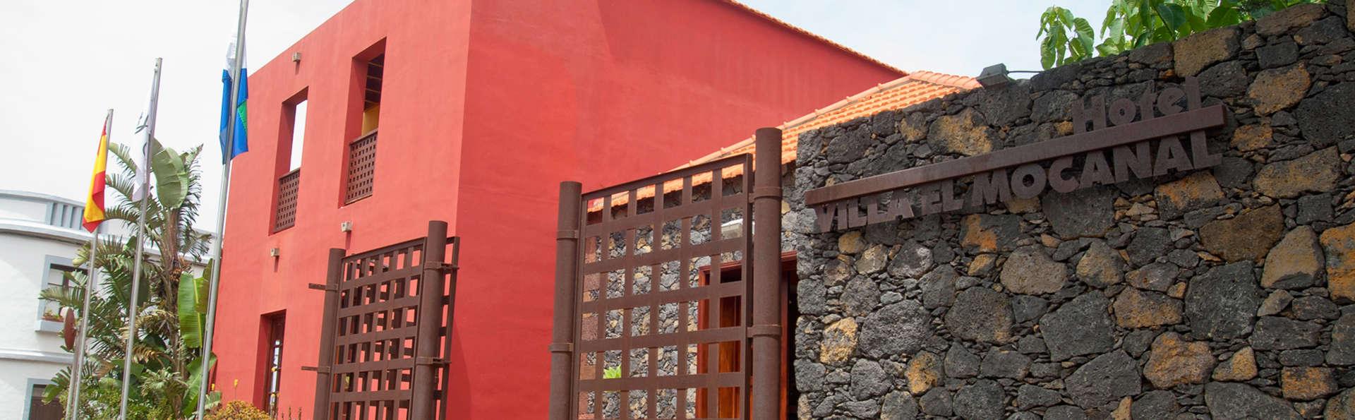 Hotel Villa El Mocanal - edit_facade.jpg