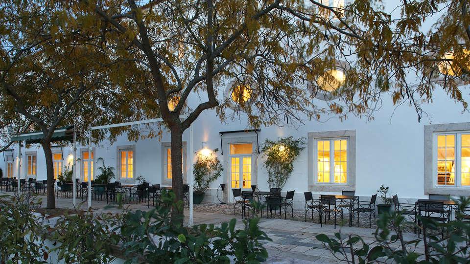 Pateo Dos Solares Charm Hotel - edit_terras_facade.jpg