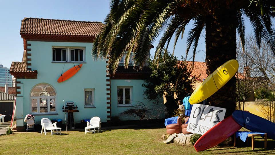 ABBA Playa Gijón - edit_Olas_Surf_School2.jpg