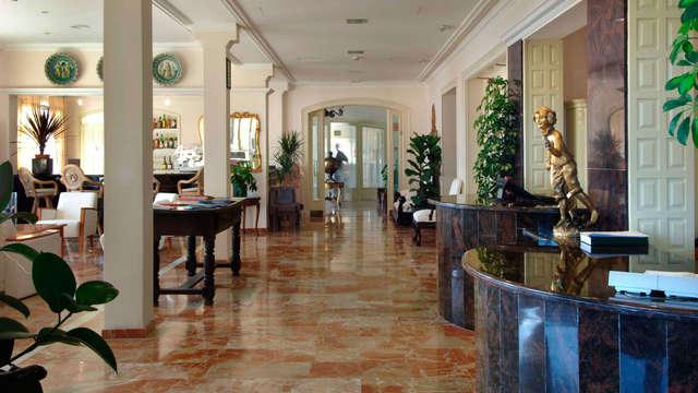 Hotel Montjoi