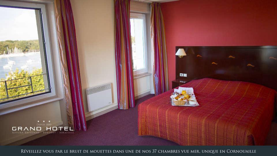Le Grand Hôtel Abbatiale  - EDIT_vue_mer.jpg