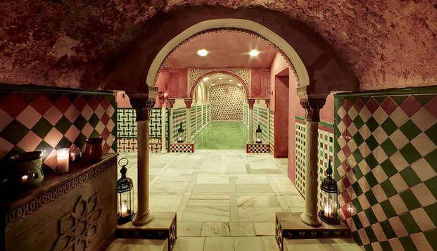 Escapada Relax con acceso al Hammam y toque romántico en un palacio del s.XVI en Granada