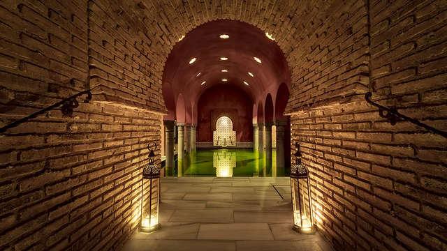 Escapada Relax con acceso al Hammam en un palacio del s.XVI cerca de la Alhambra de Granada