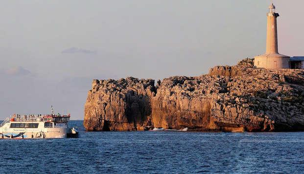 Escapada con tour marítimo en barco por la Bahía de Santander