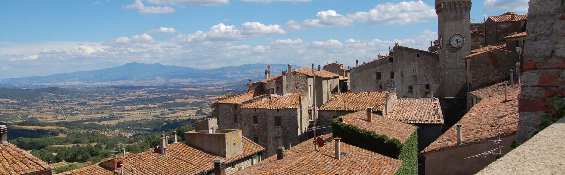 Hotel Residence Sant'Uberto - edit_Fotolia_2689539_roccastrada.jpg