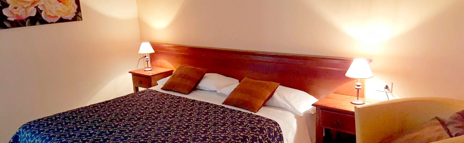 Hotel Borgo Antico - Edit_Room4.jpg