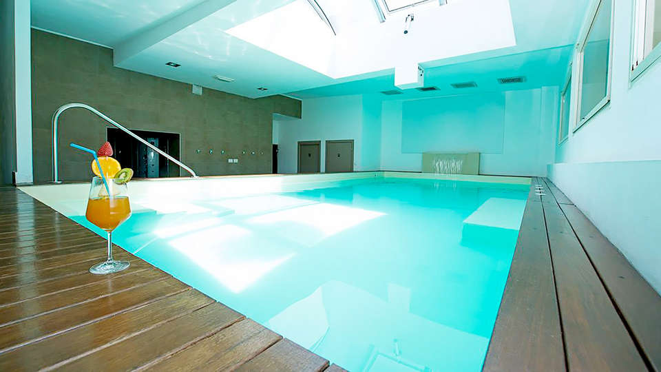 Grand Hotel & La Pace - Edit_Pool2.jpg
