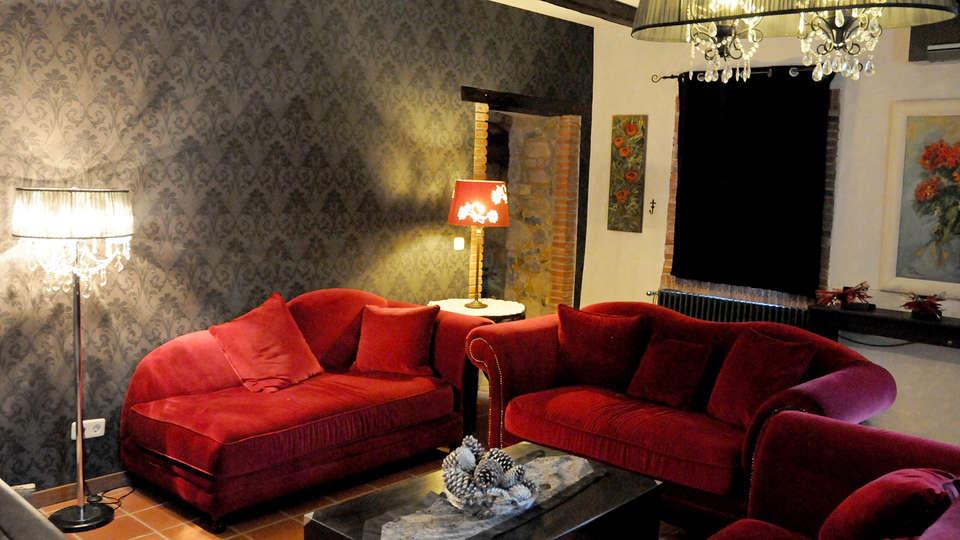 Hotel Can Darder - Edit_LivingRoom3.jpg