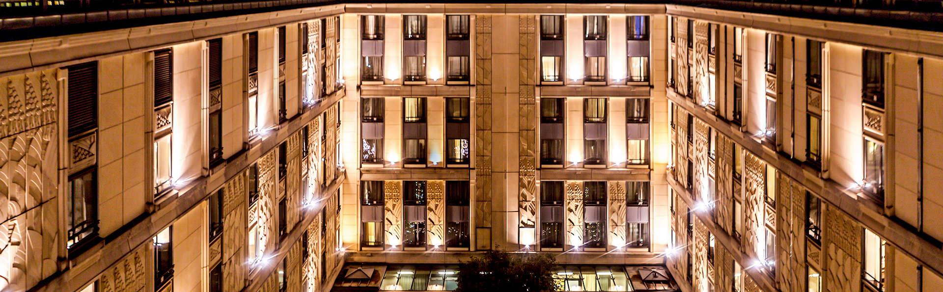 Hôtel du Collectionneur Arc de Triomphe - Edit_Yard.jpg