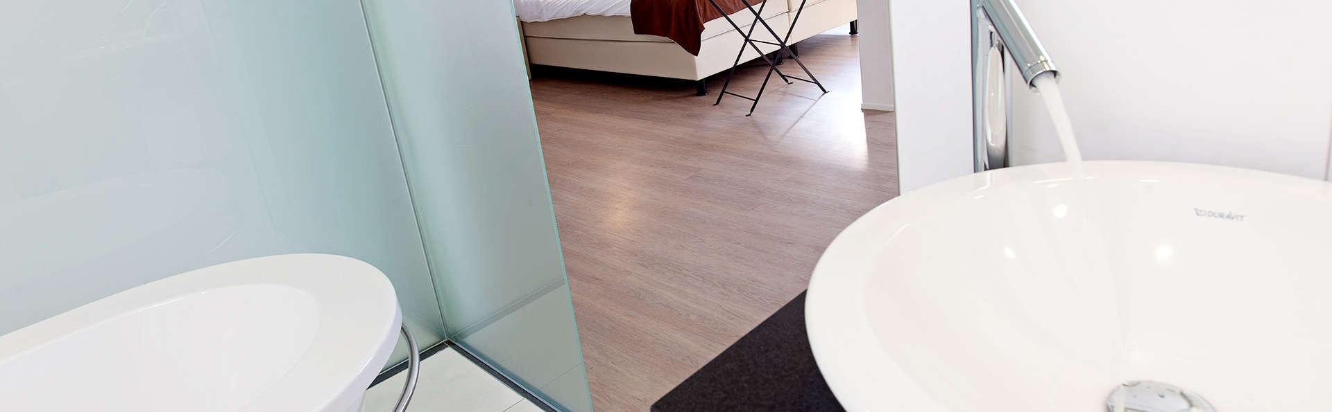 Tuindorphotel 't Lansink - Edit_RoomBath.jpg