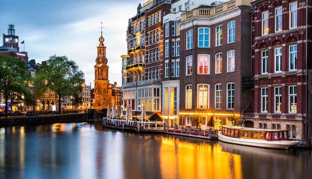 Relax in Bussum en vaar door de grachten van Amsterdam