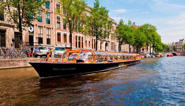Citytrip Amsterdam met boottocht en wellness
