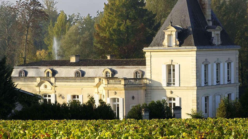 Quality Suites Bordeaux Merignac - edit_Chateau_Larrivet_Haut-Brion2.jpg