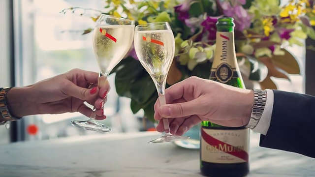 Escapade citadine avec dégustation de champagne à Reims ( à partir de 2 nuits minimum)