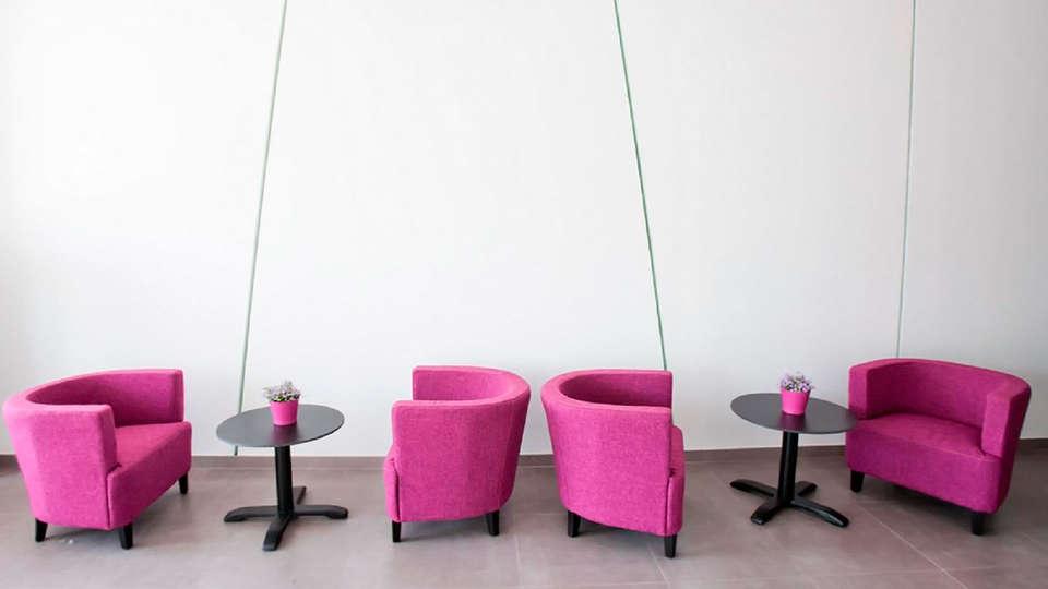 Hotel Alix Boutique - EDIT_reception.jpg