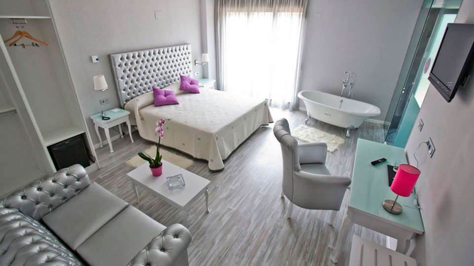 Hotel Alix Boutique - EDIT_suite39.jpg