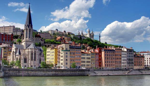 Relax y turismo a orillas del Saona, en el corazón de Lyon (Lyon City Card incluida)