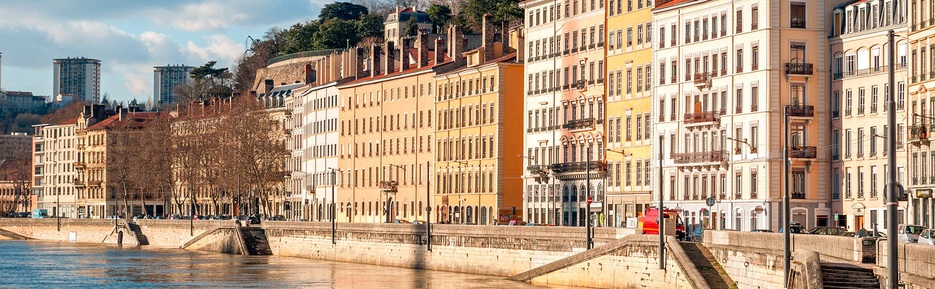 Séjournez dans un hôtel design au bord des berges du Rhône