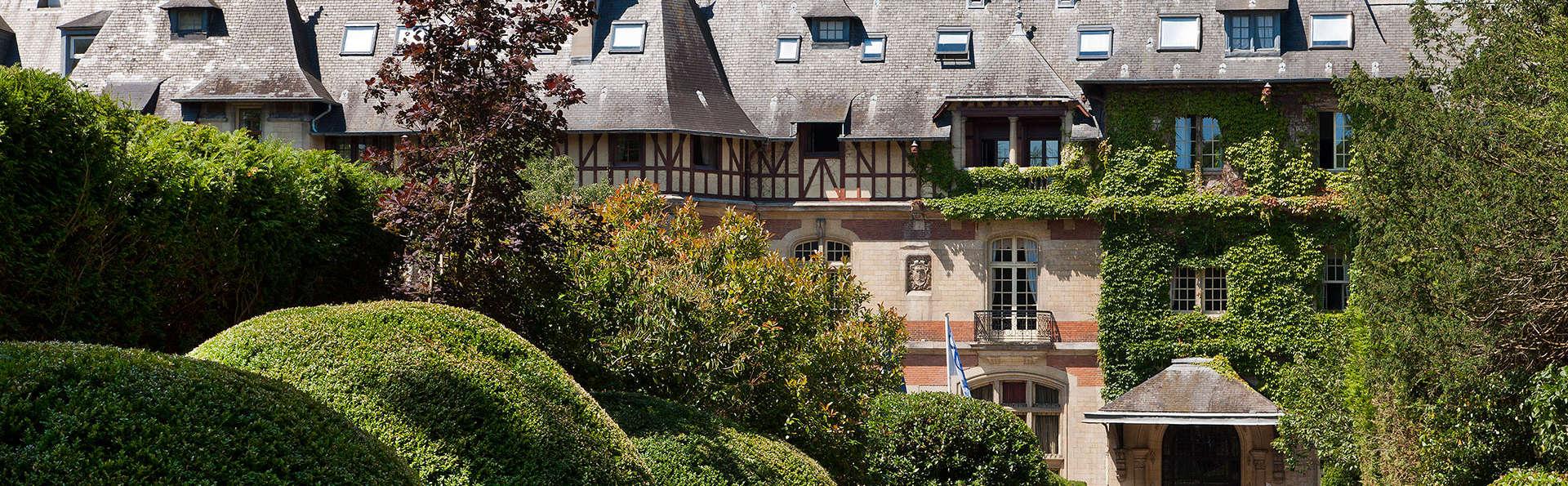 Château de Montvillargenne  - EDIT_front2.jpg