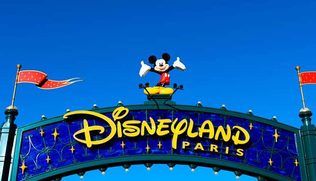 Magie et divertissement aux Parcs Disneyland® Paris (1 Jour / 2 Parcs)