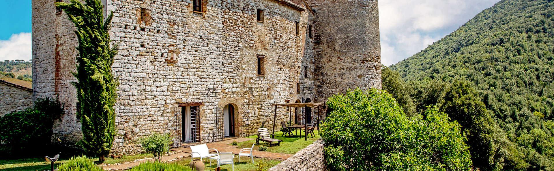 Castello Valenzino - Edit_Front2.jpg