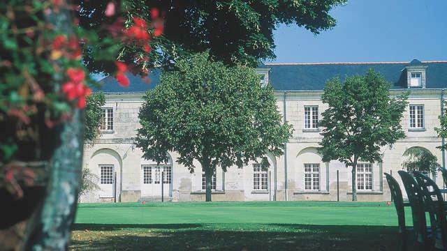 Domaine de Roiffe - facade front