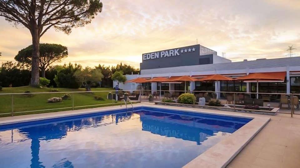 Hotel Eden Park - edit_piscina_atardecer.jpg