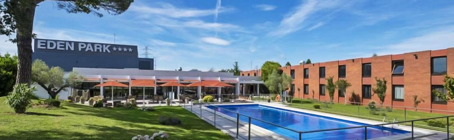 Hotel Eden Park - edit_piscina_facade.jpg