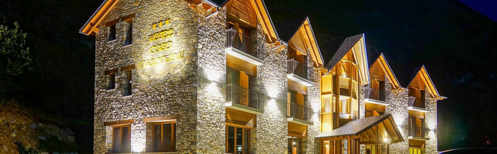 Hotel Casa Chuldian - EDIT_front.jpg