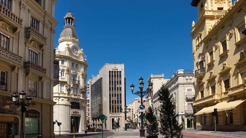 Hotel Doña Lola - EDIT_destination1.jpg