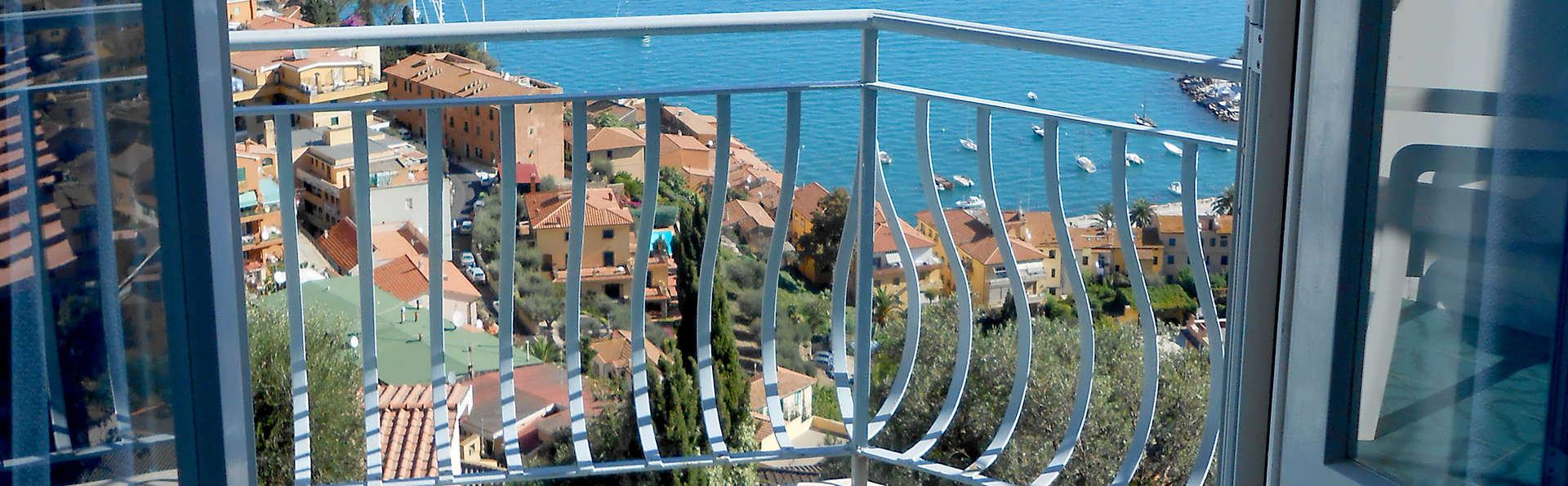 Hotel Vittoria - Edit_View.jpg