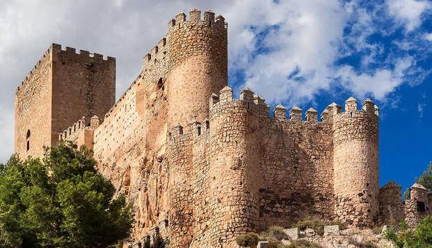Especial 3x2: Semana Santa de lujo en un 4* en Almansa con circuito spa ilimitado y minibar