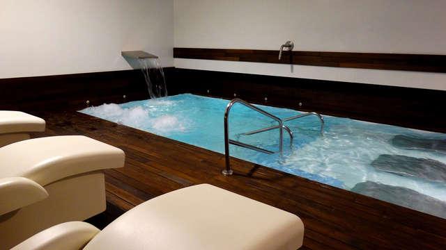 Relax total con acceso ilimitado a spa y botella de cava en este exclusivo hotel de Almansa