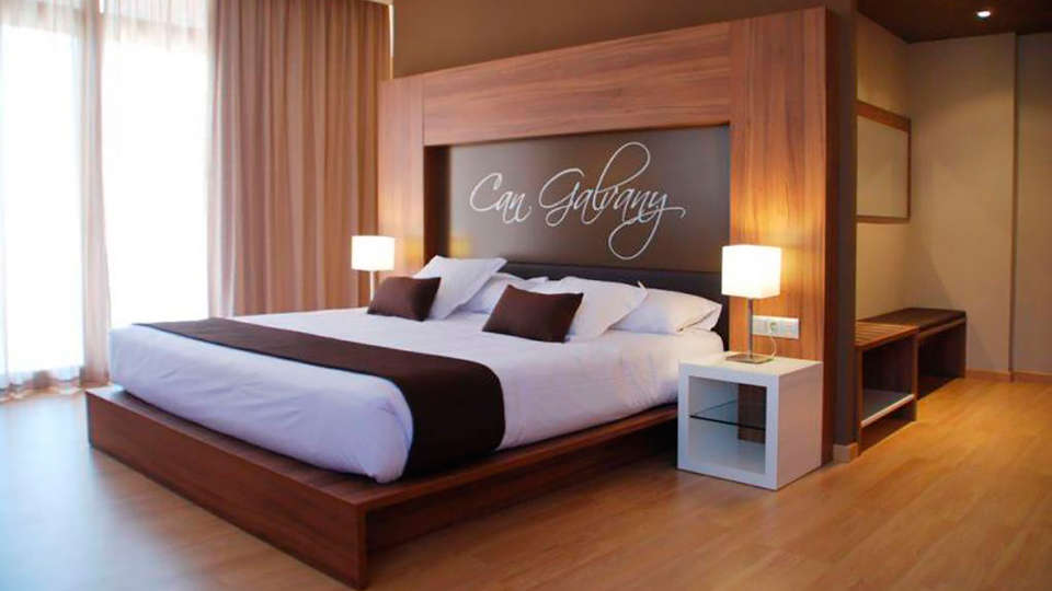 Hotel Can Galvany - EDIT_room12.jpg