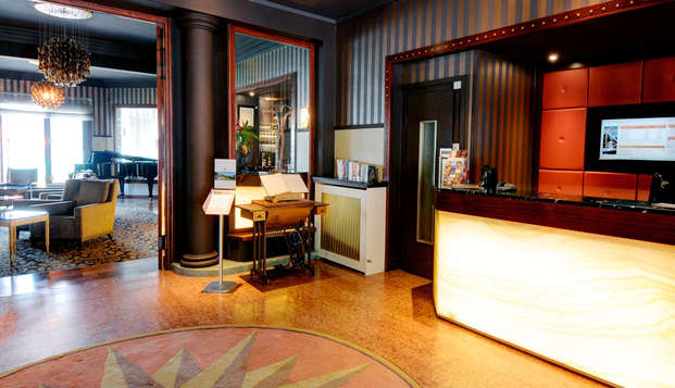 Hotel les Tresoms Lake and Spa Resort - Annecy - reception