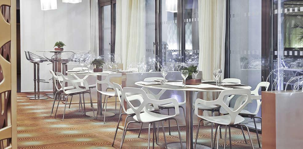 Novotel avignon centre 4 avignon france for Reservation hotel paca