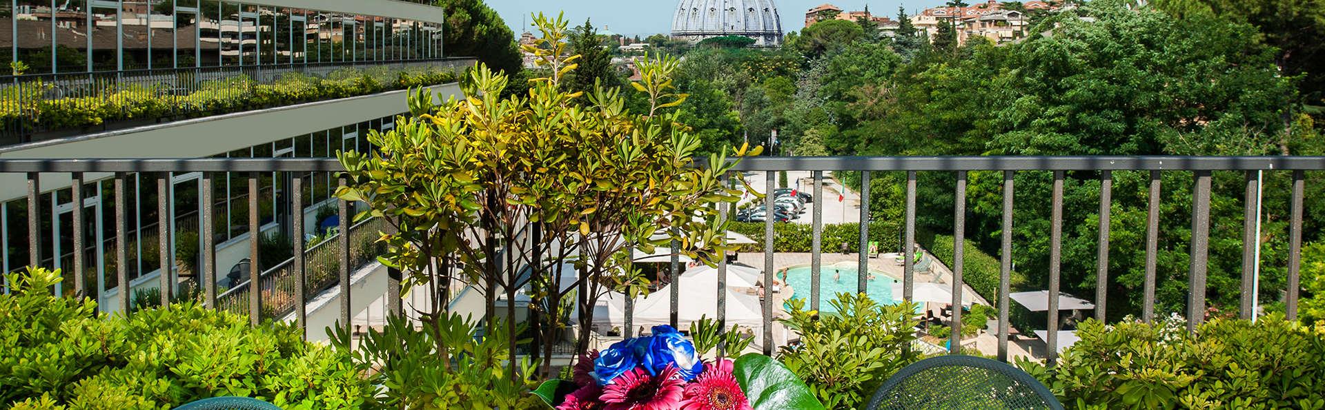 Cardinal Hotel St. Peter - Edit_Terace.jpg