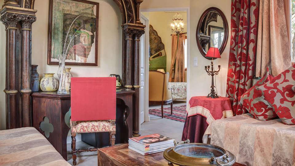Mas de La Chapelle  - EDIT_room8.jpg