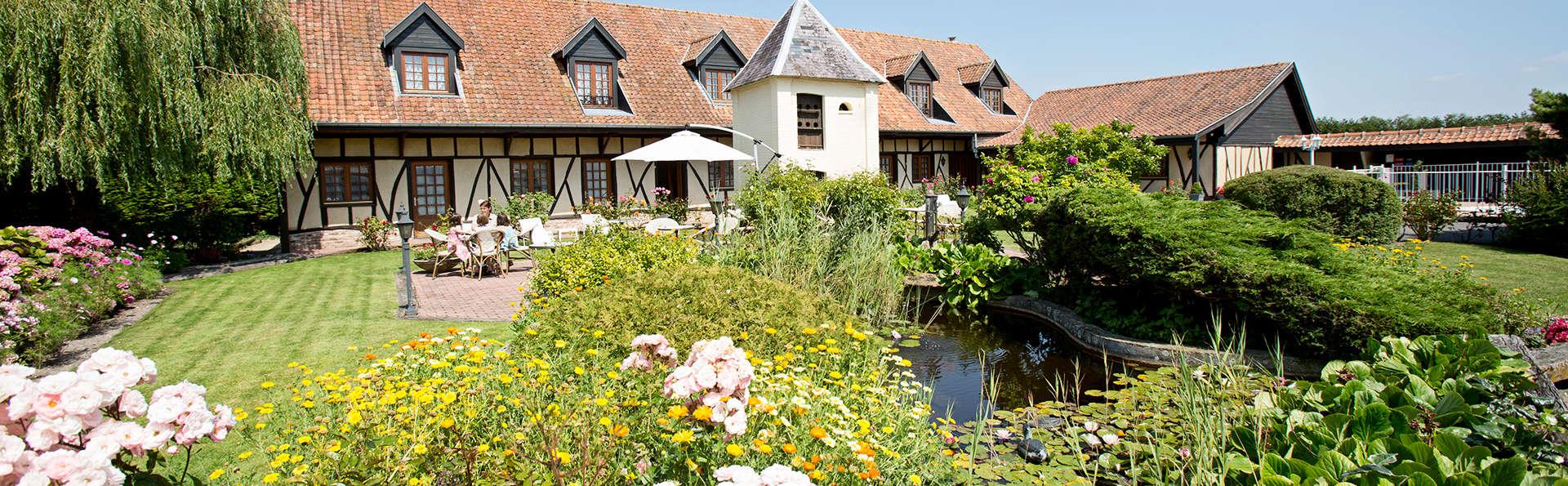 Hôtel Le Fiacre - Edit_Garden3.jpg