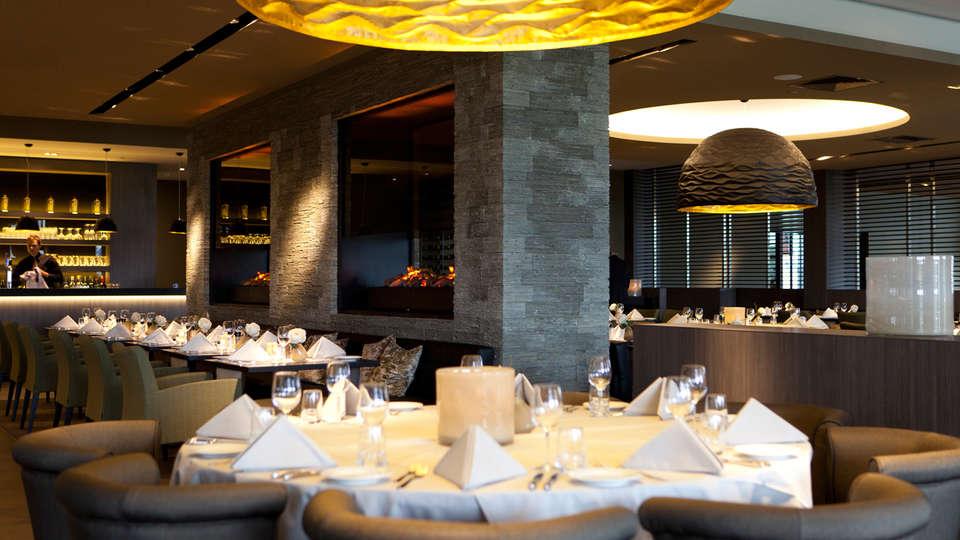 Van der Valk hotel Dordrecht - edit_restaurant2_-_Copy.jpg