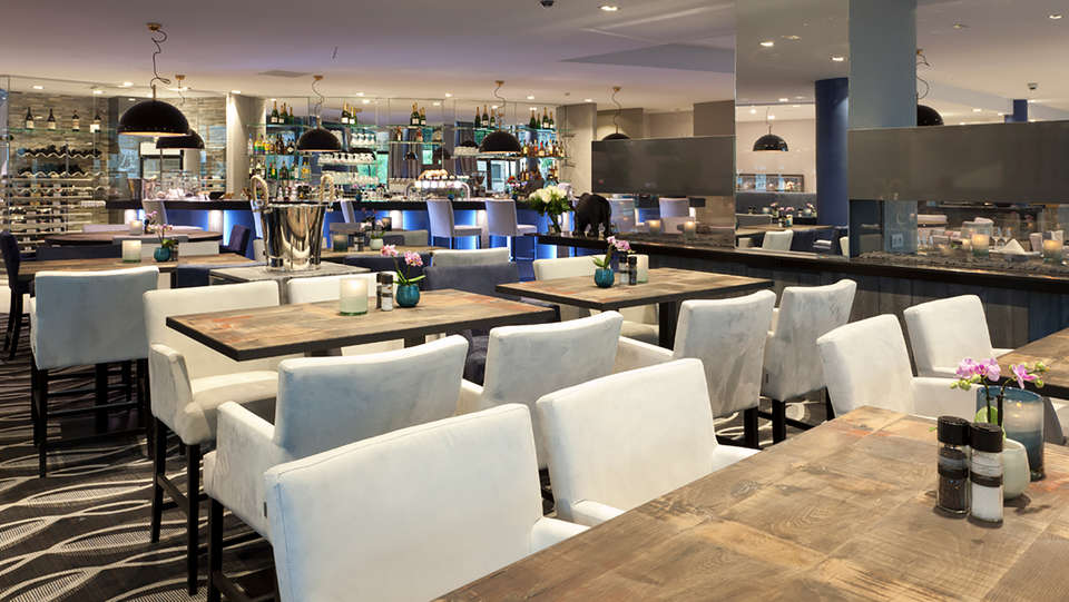 Van der Valk Hotel Mons Congres - Edit_Restaurant.jpg