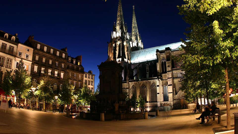 Novotel Suites Clermont Ferrand Polydome - EDIT_destination1.jpg