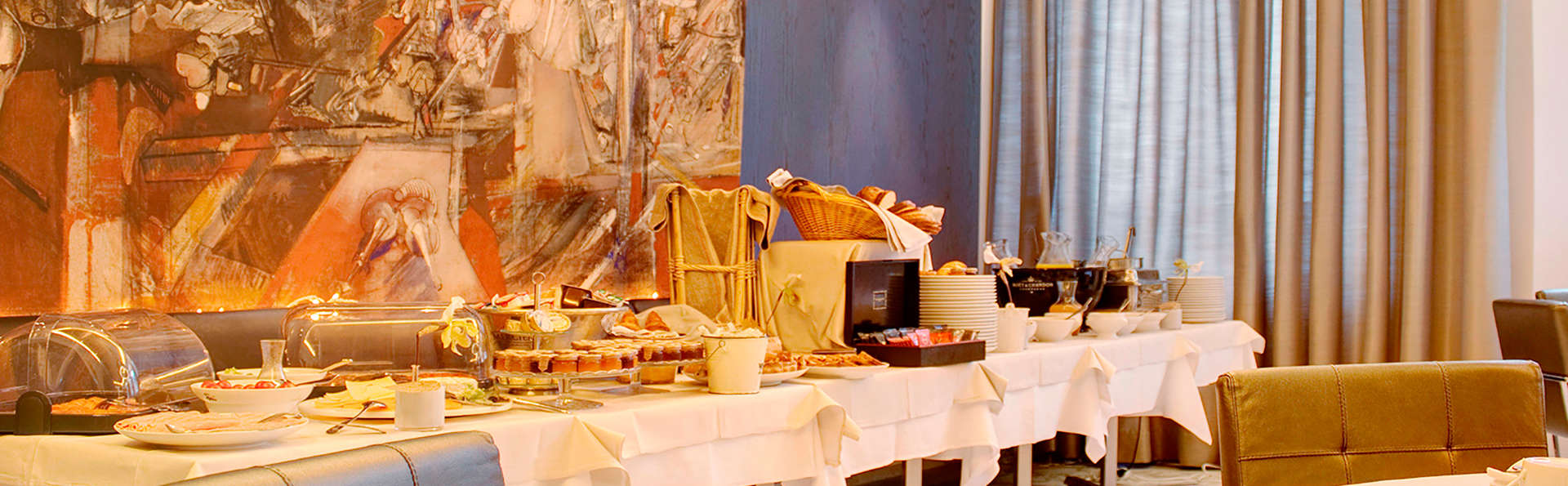 Spa-Hôtel de Bourgtheroulde - EDIT_buffet1.jpg