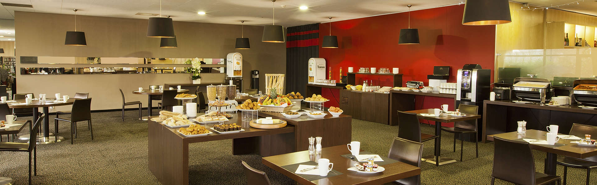 Residhome Suites Paris Sénart - edit_breakfast.jpg