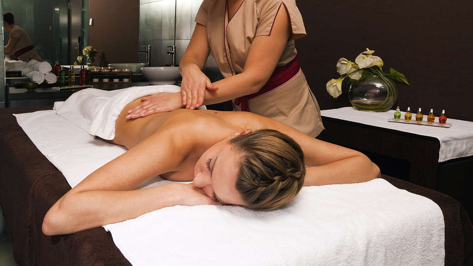 Residhome Suites Paris Sénart - edit_massage.jpg