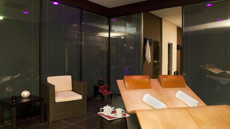 Residhome Suites Paris Sénart - edit_spa.jpg