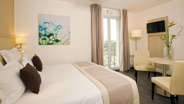 Residhome Neuilly Bords de Marne - room