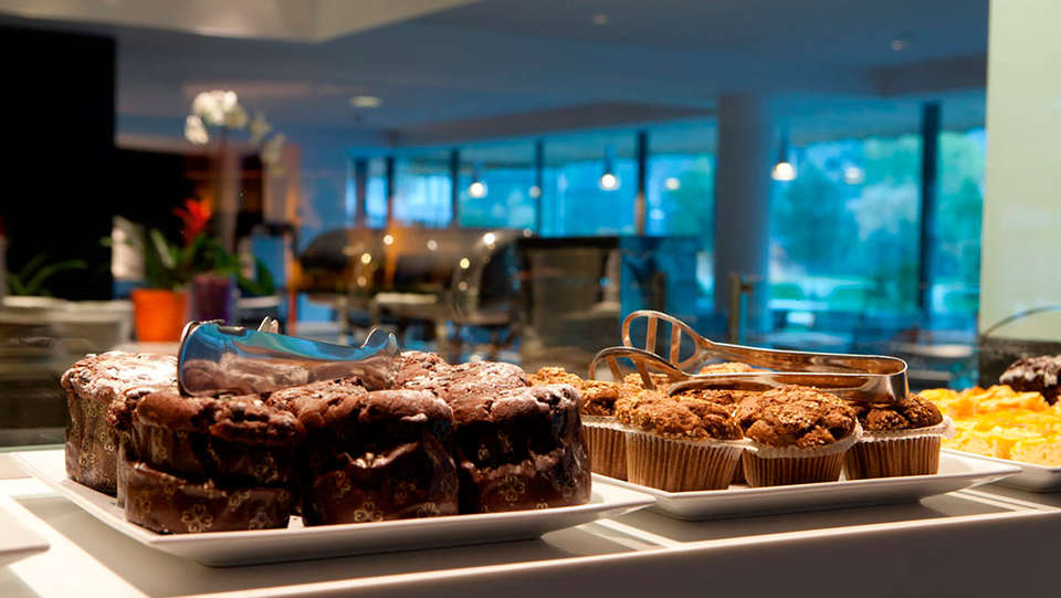Hotel Món Sant Benet - EDIT_food.jpg