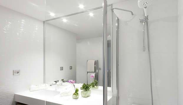 Nemea Appart Hotel Residence Concorde - bathroom