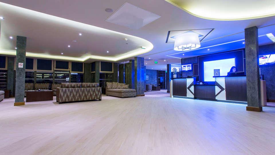 Hôtel SPA de Fontcaude - EDIT_lobby.jpg